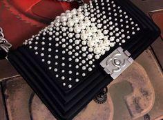 Chanel BOY PEARL pearl silk flap bag 25CM