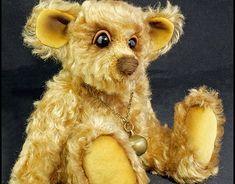 Windsor a 8 inch Mohair Bear Windsor, New Work, Bears, Behance, Teddy Bear, Profile, Traditional, Gallery, Check