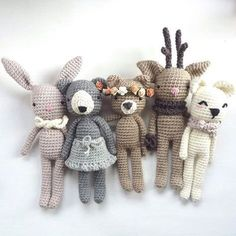 Crochet animals by Topito_de_Luna Crochet Bunny, Cute Crochet, Crochet Animals, Crochet Dolls, Crochet Toys Patterns, Amigurumi Patterns, Stuffed Toys Patterns, Knitting Projects, Crochet Projects