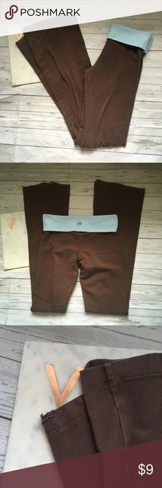 so low womens small brown yoga pants stretch blue gently used   slightly worn and pilled  the hems are distressed  great for all sports and casual wear   waist = 13 inches  inseam = 34.5 inches so low Pants