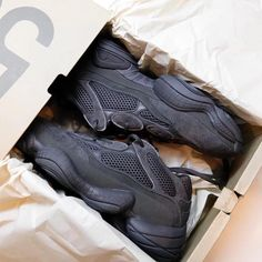 Kanye West Style, Yeezy 500, Puma Fierce, High Tops, High Top Sneakers, How To Wear, Shoes, Fashion, Moda