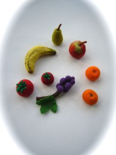 Fruit  wet felted.Play food,Veggie.8 pieces.