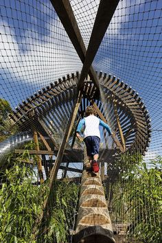 Ian Potter Children's WILD PLAY Garden opens in Sydney's Centennial Parklands #play #playground #natureplay #sydney #aspectstudios #centennialpark