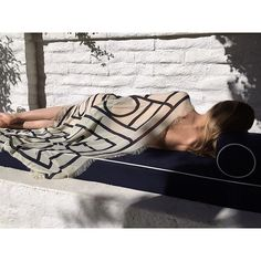 Khalifa Scarf – a summer essential #toteme