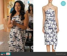 Black Halo 'Blythe' Printed Midi Dress worn by Gina Rodriguez on Jane the Virgin Fashion Tv, Fashion Outfits, Jane The Virgin, Flower Dresses, Fashion Branding, Spring Summer Fashion, Celebrity Style, Cool Outfits, Gina Rodriguez