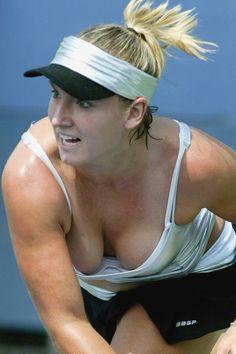 images sexy tennis   Bethanie Mattek-Sands needs Better Bras - WTA ...