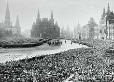 Welcoming ceremony of Nikolay II on the Red Square, Moscow during the celebration of the 300th anniversary of the Romanov dynasty. 1913. There are thousands of people!!