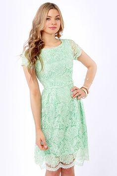 Vestido casual, para dia con color de temporada: mint green. #lace #dress #mintgreen