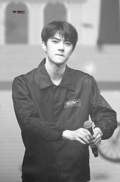 160219 EXO Sehun at EXO'luXion' in Chicago (cr: LOVE ARDENTLY)