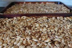 The BEST Roasted Pumpkin Seeds 2 tbsp brown sugar 1 tbsp oil cinnamon tsp salt seeds Stir ingredients & place on foil lined baking sheet. Stir & check every 10 min for about 45 min (until they seem crisp and no longer oily). Fall Recipes, Holiday Recipes, Snack Recipes, Lunch Snacks, Healthy Snacks, Pumpkin Seed Recipes, Sugar Pumpkin, Roasted Pumpkin Seeds, Tasty Dishes