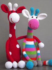 Hilando ideas....muñecos amigurumis tejidos en crochet: jirafa multicolor tejida en crochet Crochet Giraffe Pattern, Crochet Animal Patterns, Stuffed Animal Patterns, Crochet Animals, Stuffed Animals, Stuffed Toys, Knitting Patterns, Crochet Crafts, Crochet Dolls