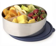 This Divided Big Bowl with Lid is U-Konserve's largest reusable stainless steel container. Guacamole, Stainless Steel Lunch Containers, Big Bowl, Food Storage Containers, Bento Box, Lunch Box, Main Meals, Side Dishes, Fruit