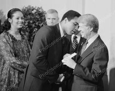 Muhammad Ali Whispers In President Carter Ear Vintage 8x10 Reprint Of Old Photo