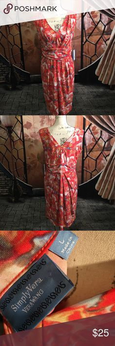 Simply Vera Vera Wang Dress This multiple floral print dress by Vera Wang...  Brand new with tags Simply Vera Vera Wang Dresses Midi