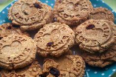 Jak připravit dietní ovesné cookies. Vegan, Cookies, Desserts, Food, Crack Crackers, Tailgate Desserts, Deserts, Biscuits, Essen
