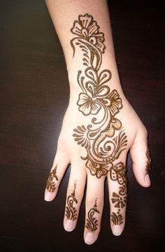 Latest Easy Henna Mehndi Designs