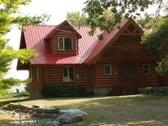 WindHaven+Cottage:+Waterfront+log+home+in+Prince+Edward+County+++Vacation Rental in Prince Edward County from Prince Edward Island, Home And Away, Log Homes, Wonderful Places, Ideal Home, The Good Place, Cabin, House Styles, Cottages