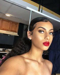 natural makeup look tutorial Flawless Makeup, Skin Makeup, Beauty Makeup, Hair Beauty, Glamour Makeup, Cute Makeup, Makeup Looks, Curly Hair Styles, Natural Hair Styles