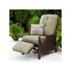 Patio Recliner - Reclining chairs are popular seating options. Simple qualities make a chair from a recliner. Garden Chairs, Patio Chairs, Outdoor Chairs, Lounge Chairs, Kitchenette, Porch Furniture, Outdoor Furniture Sets, Rustic Furniture, Antique Furniture