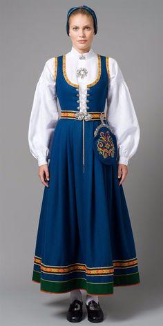Folk Costume, Costume Dress, Traditional Fashion, Traditional Dresses, Skandinavian Fashion, Norwegian Clothing, Folklore, Folk Clothing, Daily Dress