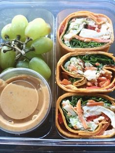 Healthy lunch idea: Starbucks Thai Style Chicken Wrap (from Meal Plan to Lose Weight Day 29) #healthyeating #diet #healthyweightloss