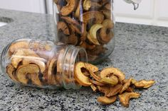 Cinnamon Apple Chips — Simple Ecology These apple chips are an amazing snack that are great for packing . Cinnamon Apple Chips, Cinnamon Sticks, Sugar Free Lemon Curd, Homemade Tomato Sauce, Packing, Fall Candles, House Smells, Air Fryer Recipes, Fresh Herbs