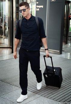 Robert Lewandowski / Fc Bayern München / Poland/ Polish Natinal Team Sensual Seduction, Fc Bayern Munich, Robert Lewandowski, I Robert, National Football Teams, Football Players, Beautiful Men, Athlete, Menswear