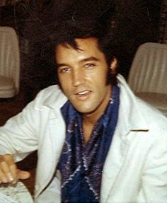 Elvis..... I miss him so much. It has been so long but seems like only yesterday. The one and only King.
