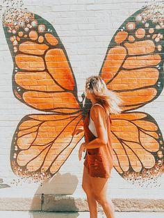 dm for pic credit Aesthetic Collage, Aesthetic Photo, Aesthetic Pictures, Orange Aesthetic, Summer Aesthetic, Cute Photos, Cute Pictures, Wallpaper Inspiration, Unicornios Wallpaper