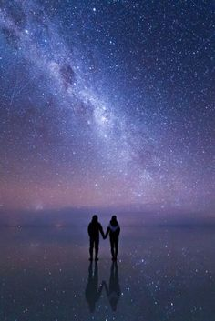 Read Universo from the story FOTOS by QuenKendal (Letícia Rodrigues) with reads. Beautiful World, Beautiful Places, Beautiful Pictures, Sky Full Of Stars, Star Sky, Milky Way, Stargazing, Belle Photo, Night Skies