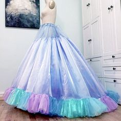 After a stressful move to a new apt, progress will resume tonight on Disney's Cinderella Ballgown. #Disney #cinderella #princess #jhartdesign  #cosplay #costume #beautiful  #wip