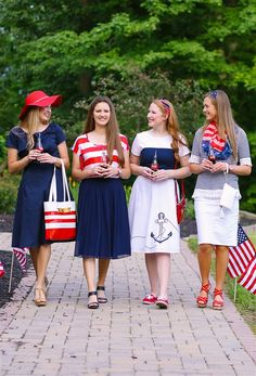 Independence Day InspirationFive Ways To Wear ChambrayWelcome to C Fam Sisters!