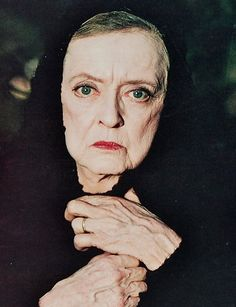 Oscar winning Bette Davis - The Watcher in The Woods