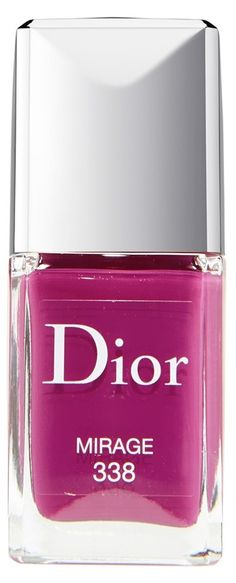Gel-effect lacquer that's easily removable with nail polish remover. Yes!