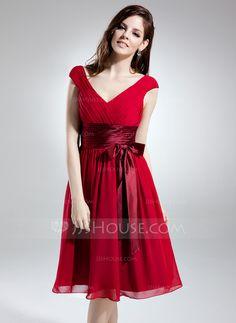 A-Line/Princess V-neck Knee-Length Chiffon Charmeuse Homecoming Dress With Ruffle Sash Bow(s) (022015735)