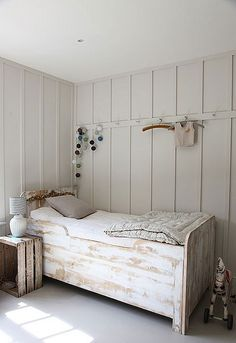 Gorgeous Inspiration | What a beautiful finish to do in Chalk Paint® decorative paint by Annie Sloan.