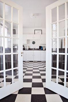 I have black & white kitchen floor envy