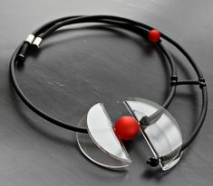 Stylish transparent clear modern lucite necklace with rubber and red pearl Handmade Silver Jewellery, Unusual Jewelry, Handmade Necklaces, Black Jewelry, Leather Jewelry, Polymer Clay Jewelry, Resin Jewelry, Jewlery, Contemporary Jewellery