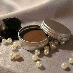 Mézes-csokis ajakápoló My Beauty, Health And Beauty, Diy Lip Balm, Homemade Beauty, Bath Bombs, The Balm, Soap, Herbs, Organic