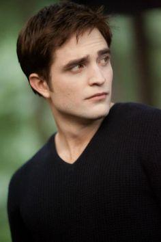 Edward - Breaking Dawn part 2 Stills - TwiFans-Twilight Saga books and Movie Fansite