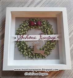 Kreatives aus Papier: Türchen Best Picture For easy Frame Crafts For Your Taste You are looking f Box Frame Art, Paper Christmas Decorations, Easy Frame, Making Greeting Cards, Christmas Drawing, Scrapbook Designs, Frame Crafts, Tampons, Home And Deco
