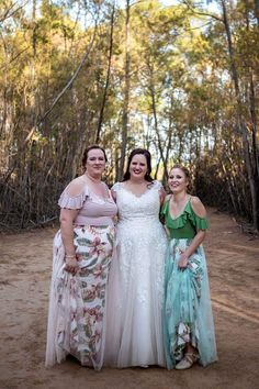 Lelani's bridesmaids looked so pretty in their dresses. This is a beautiful combination of blush and light olive. They chose to have tulle overlays over their floral skirts and it looked stunning. Bridesmaid Dresses, Wedding Dresses, Bridesmaids, Looking Stunning, Every Woman, Skirt Fashion, Dress Making, Designer Dresses, Tulle