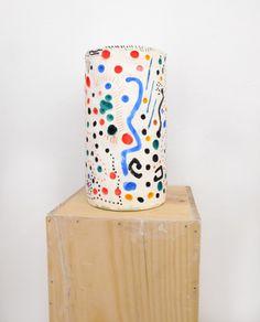 Columna II, 2014 via errorezine Ceramic Pots, Ceramic Clay, Porcelain Ceramics, Ceramic Pottery, Pottery Painting, Ceramic Painting, Cerámica Ideas, Keramik Vase, Fine Porcelain