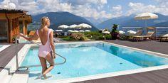 Genießen Sie pure Entspannung in unseren 6 beheizten Pools in- & outdoor am Kronplatz. → Buchen Sie jetzt Ihren Wellnessurlaub in Olang, Südtirol!