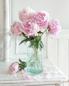 Fresh Flowers, Pink Flowers, Beautiful Flowers, Flower Aesthetic, Pink Peonies, Flower Wallpaper, Flower Vases, Peonies Centerpiece, Planting Flowers