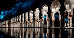 Sheikh Zayed Mosque Abu Dhabi UAE #abudhabi #uae #sheikhzayedmosque #mosque #reflection #architecture #visitabudhabi #visituae #ig_worldclub #nightphotography #travelphotography #sonya6000 #sonyalpha #sonyimages #aroundtheworld #beautifuldestinations #exploretheglobe #igtravel #instamoments #instapassport #instatravel #postcardfromtheworld #reiselust #roamtheplanet #theglobewanderer #traveladdict #travelgram #lonelyplanet #lpfanphoto #BBCTravel