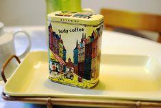 Kirppisrakkautta: tammikuuta 2018 Lassi, Tin, Retro Vintage, Nostalgia, Canning, Mugs, Coffee, Nice Things, Tableware