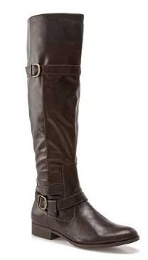 Tall equestrian, riding, or fall and winter boots. Good with skinny jeans.  In brown.