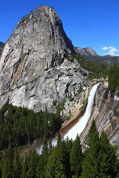 Liberty Cap and Nevada Falls from John Muir Trail, Yosemite National Park; photo by .I-Ting Chiang