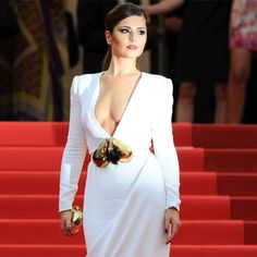Divas in plunging necklines Hollywood Actresses, In Hollywood, Cheryl Cole, Stephane Rolland, Pop Singers, Cannes Film Festival, Latest Pics, Personal Photo, Plunging Neckline